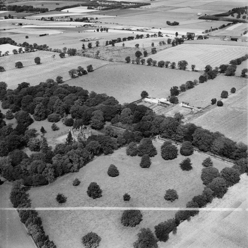 Invergowrie House and Farmstead, Ninewells, Dundee.  Oblique aerial photograph taken facing north-west.  This image has been produced from a crop marked negative.
