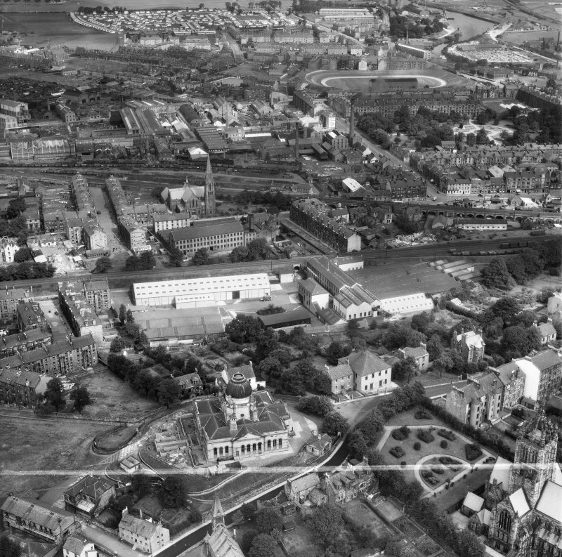 Paisley, general view, showing Scottish Wool Growers Ltd. Underwood Wool Stores, Brown Street and John Neilson Institution, Oakshaw Road.  Oblique aerial photograph taken facing north.  This image has ...