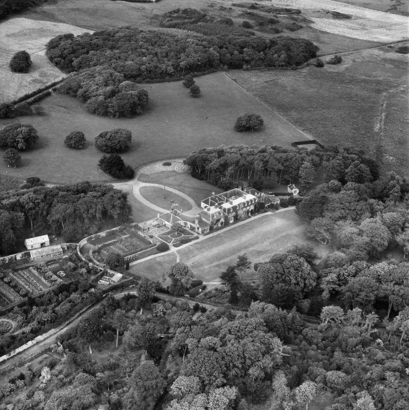 Colonsay House and Gardens, Kiloran, Colonsay.  Oblique aerial photograph taken facing north.