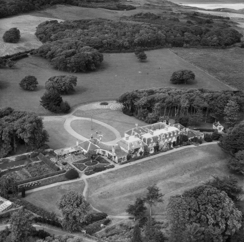 Colonsay House, Kiloran, Colonsay.  Oblique aerial photograph taken facing north.