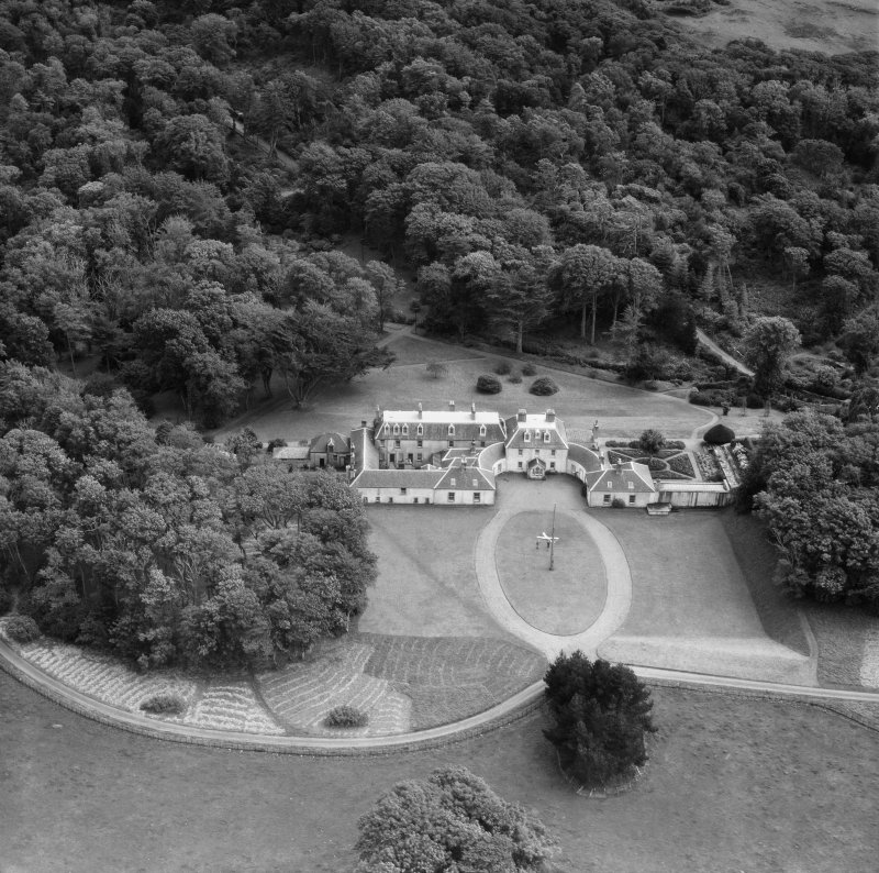 Colonsay House, Kiloran, Colonsay.  Oblique aerial photograph taken facing south.