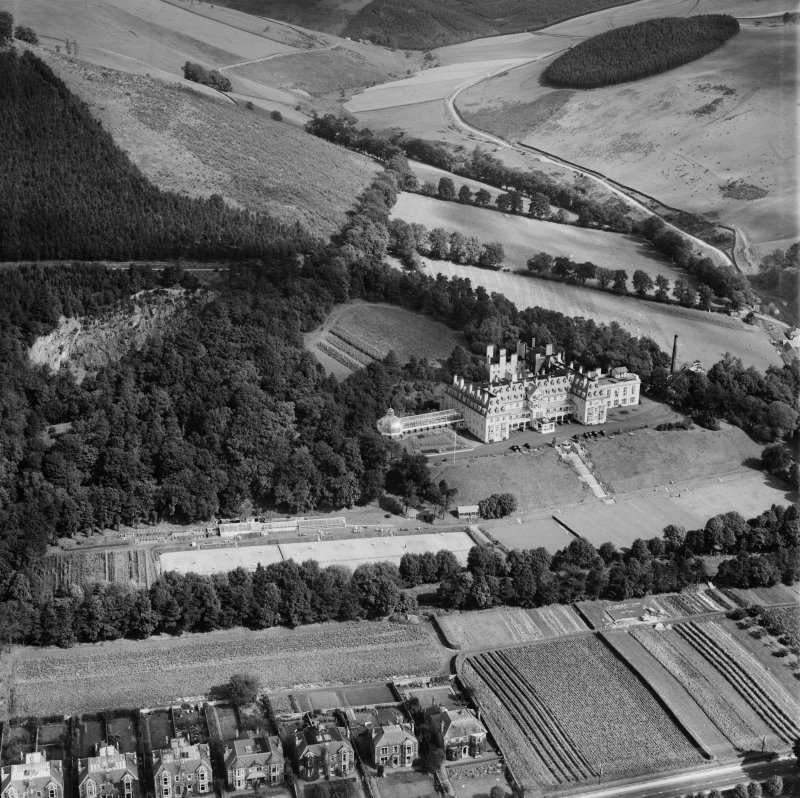 Hydropathic Hotel, Innerleithen Road, Peebles.  Oblique aerial photograph taken facing north-east.