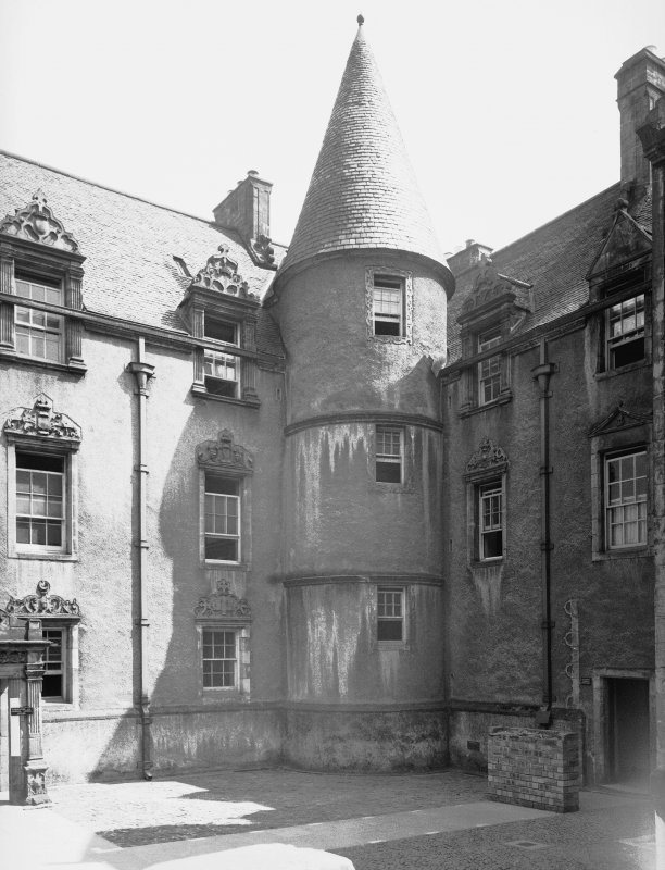 Detail of courtyard angle turret.