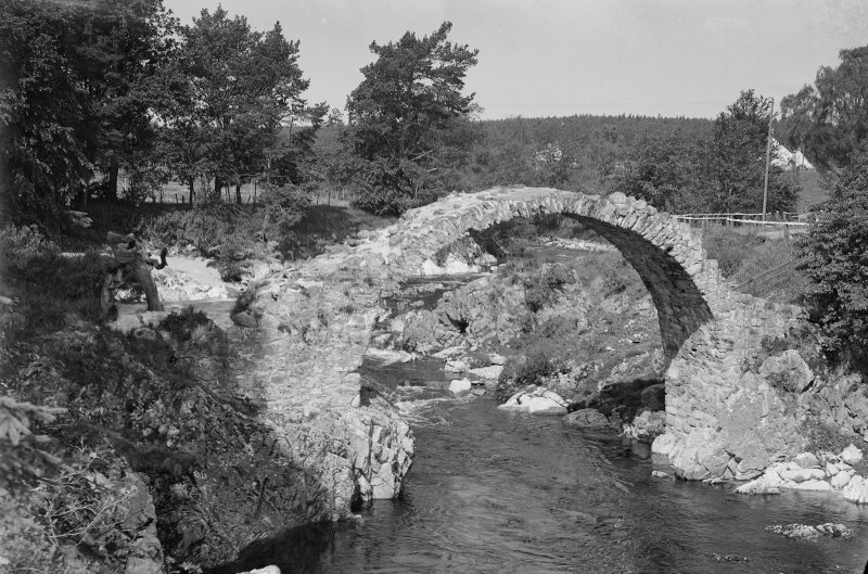 General view of Carrbridge Broken plate.