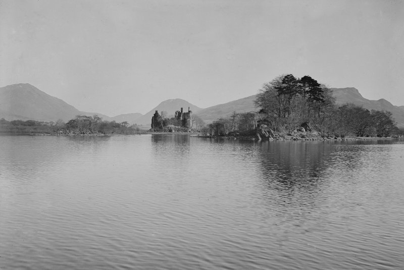 Distant view of Kilchurn Castle, Loch Awe.