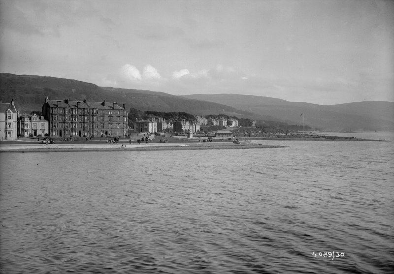 General view of West end of Largs.