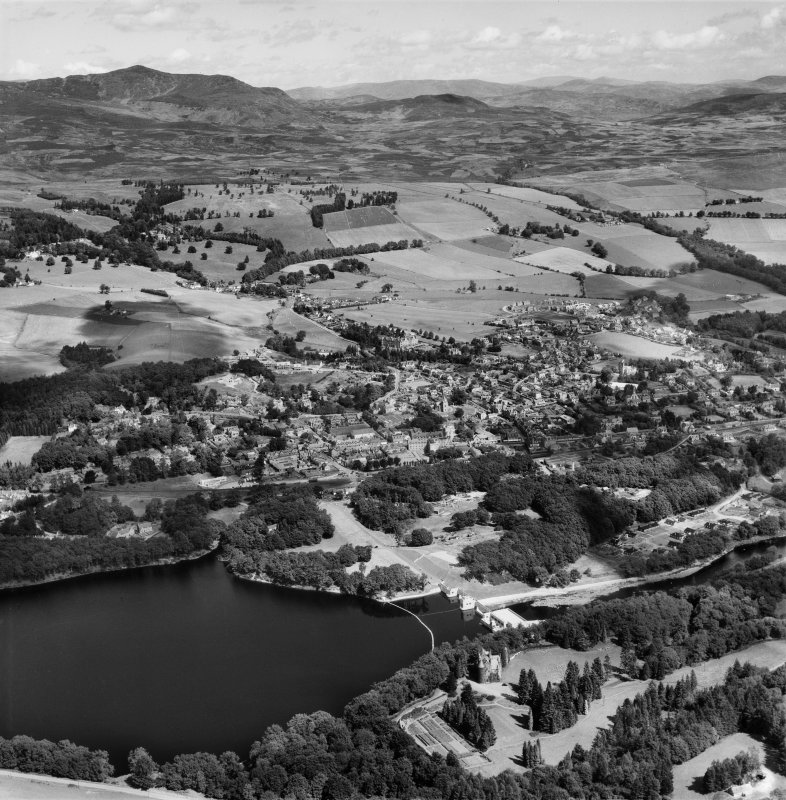 Pitlochry, general view.  Oblique aerial photograph taken facing north-east.