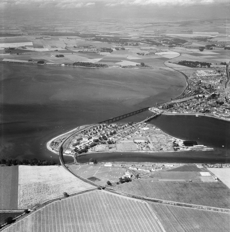 Montrose, general view.  Oblique aerial photograph taken facing north.