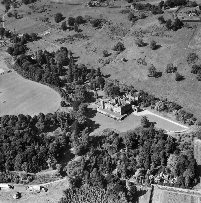 Kinfauns Castle.  Oblique aerial photograph taken facing north.