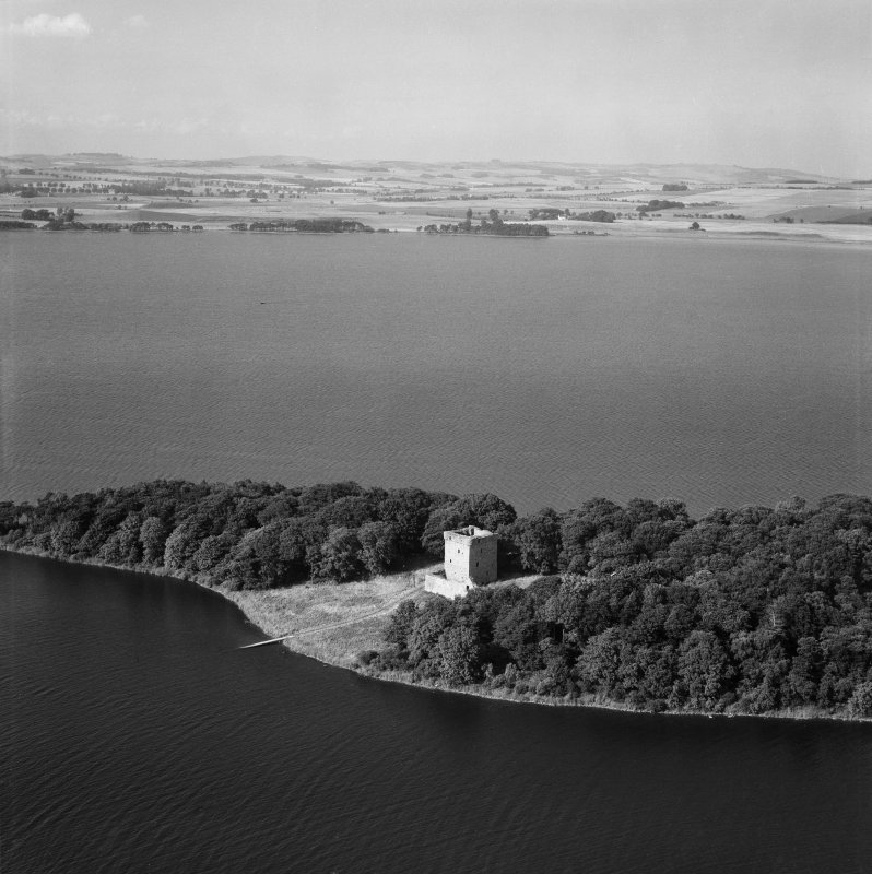 Lochleven Castle, Loch Leven.  Oblique aerial photograph taken facing north.