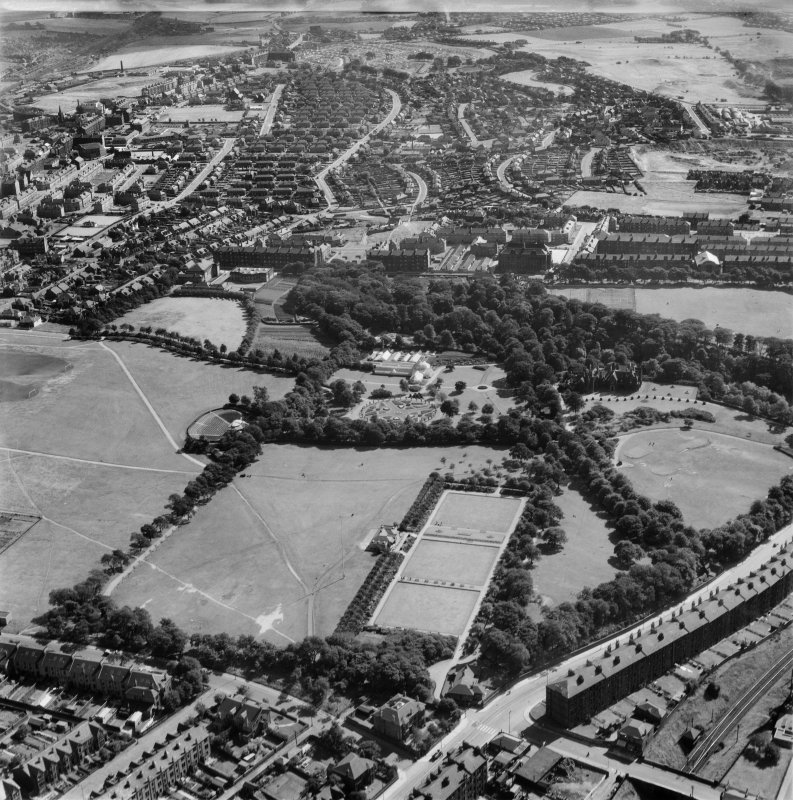 Tollcross Park, Glasgow.  Oblique aerial photograph taken facing east.