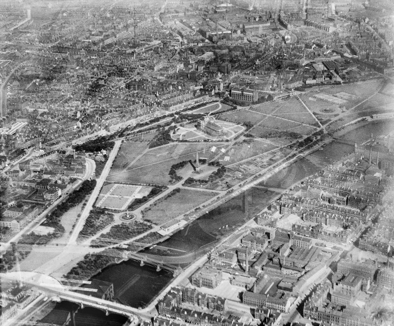Glasgow Green, Glasgow.  Oblique aerial photograph taken facing east.  This image has been produced from a damaged negative.