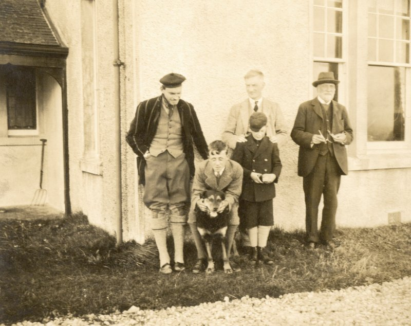 Family gathering at Vallay House, North Uist (from left - George Beveridge, Rab Frazer, Sir William Beveridge, Charles Beveridge (boy) and Erskine Beveridge)
