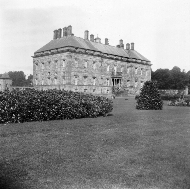 Kinross House  General view from South-East.
