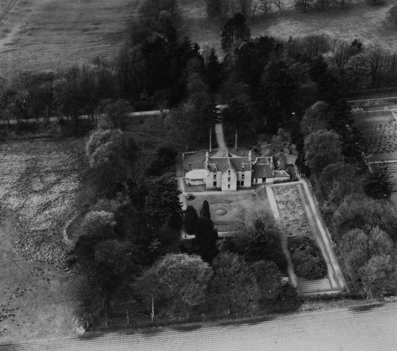 Kingswells House, Aberdeen.  Oblique aerial photograph taken facing west.  This image has been produced from a print.