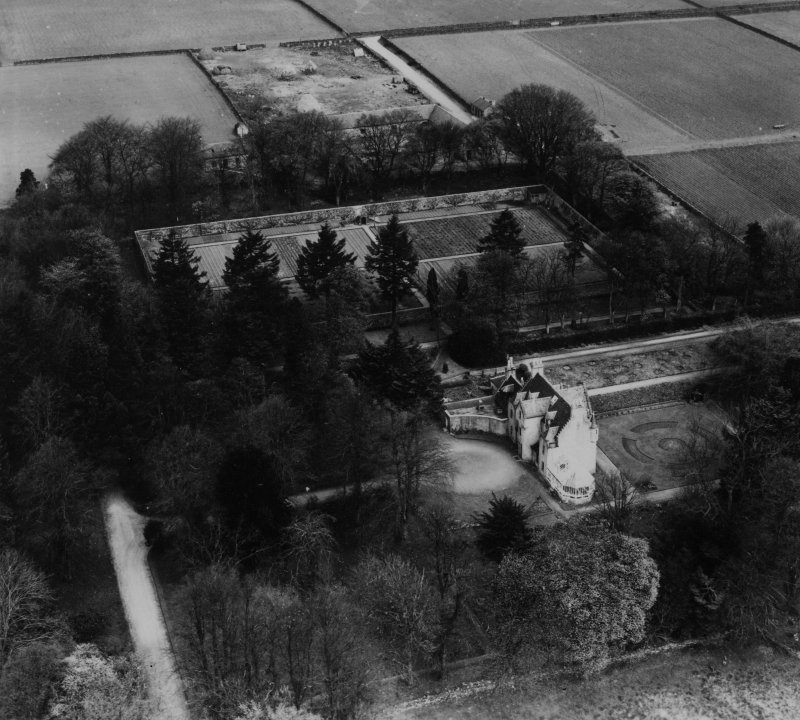 Kingswells House and Walled Garden, Aberdeen.  Oblique aerial photograph taken facing north.  This image has been produced from a print.