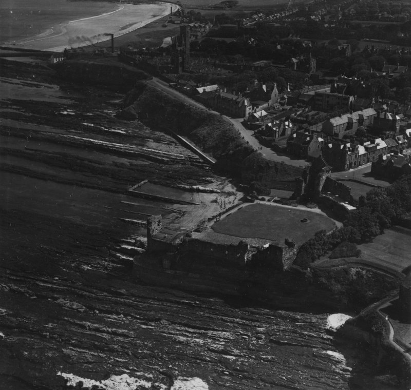 St Andrews, general view, showing St Andrews Castle and Cathedral.  Oblique aerial photograph taken facing south.  This image has been produced from a print.