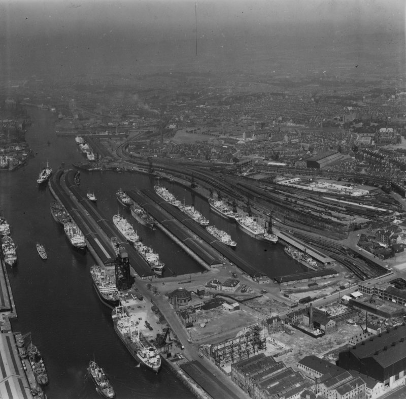 Queen's Dock, Glasgow.  Oblique aerial photograph taken facing north-west.  This image has been produced from a print.