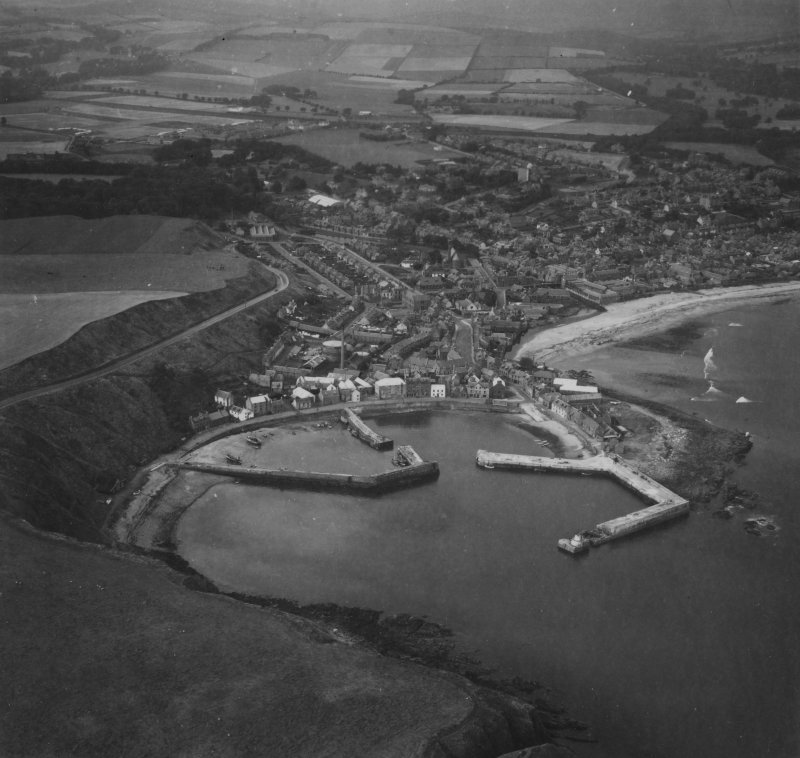 Stonehaven, general view, showing Stonehaven Harbour and High Street.  Oblique aerial photograph taken facing north-west.  This image has been produced from a print.