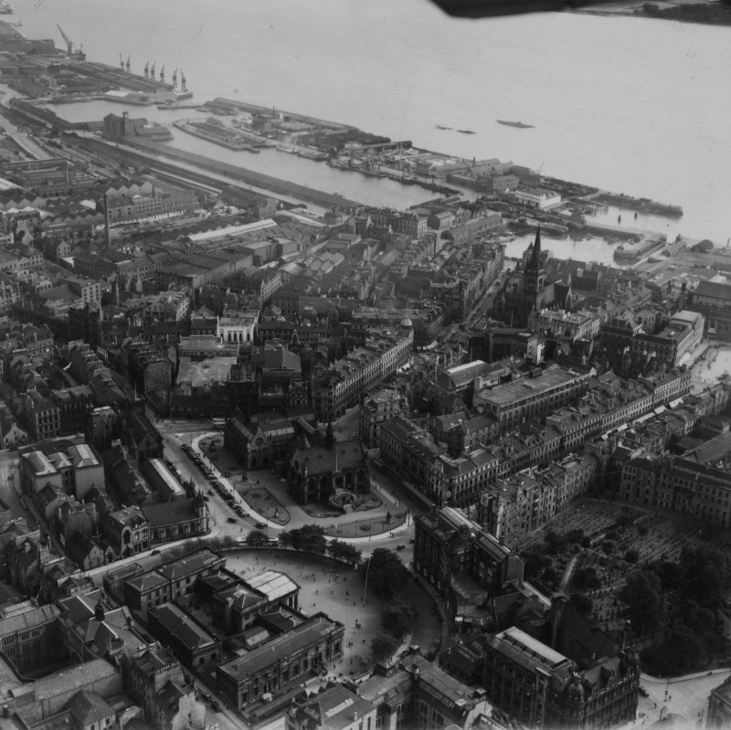 Dundee, general view, showing Dundee Museum and Art Gallery, Albert Sqaure and Victoria Dock.  Oblique aerial photograph taken facing east.  This image has been produced from a print.