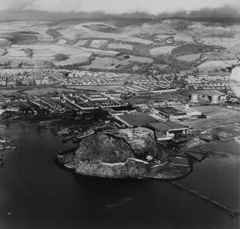 Dumbarton, general view, showing Dumbarton Rock and Glasgow Road.  Oblique aerial photograph taken facing north-east.  This image has been produced from a print.