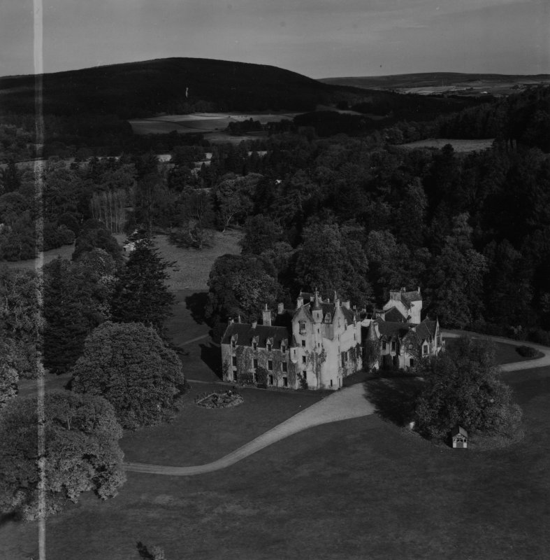 Ballindalloch Castle.  Oblique aerial photograph taken facing north.  This image has been produced from a crop marked print.