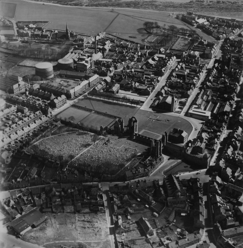 Arbroath, general view, showing Arbroath Abbey and Boulzie Hill.  Oblique aerial photograph taken facing south-east.  This image has been produced from a print.