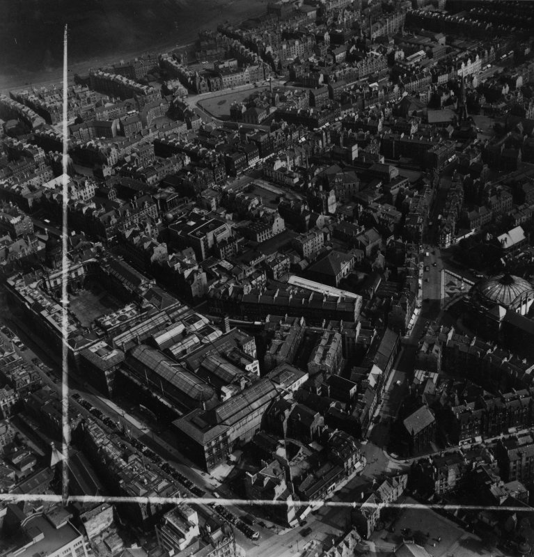 Edinburgh, general view, showing Royal Scottish Museum, Chambers Street and Nicholson Street.  Oblique aerial photograph taken facing south-east.  This image has been produced from a crop marked print.