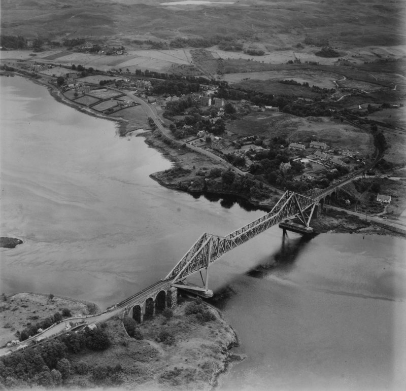 Connel, general view, showing Connel Bridge.  Oblique aerial photograph taken facing south-east.  This image has been produced from a print.