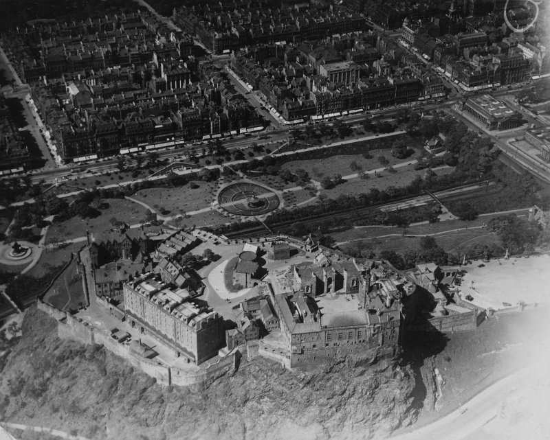 Edinburgh Castle and West Princes Street Gardens, Edinburgh.  Oblique aerial photograph taken facing north.  This image has been produced from a marked print.