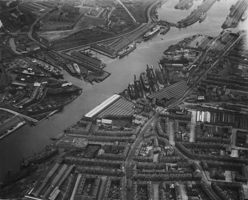 Glasgow, general view, showing Harland and Wolff Shipbuilding Yard, Govan and Yorkhill Basin.  Oblique aerial photograph taken facing east.  This image has been produced from a print.