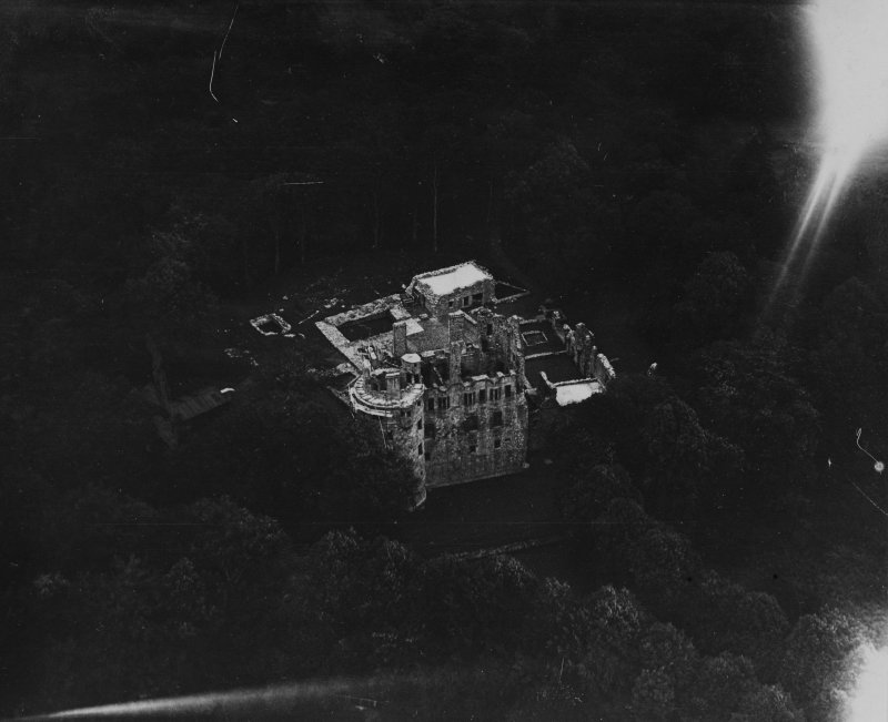 Huntly Castle.  Oblique aerial photograph taken facing north-east.  This image has been produced from a print.