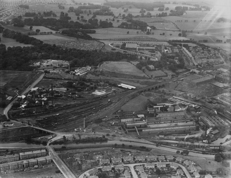 Dawsholm Gas Works and Chemical Works, Maryhill, Glasgow.  Oblique aerial photograph taken facing north.  This image has been produced from a print.