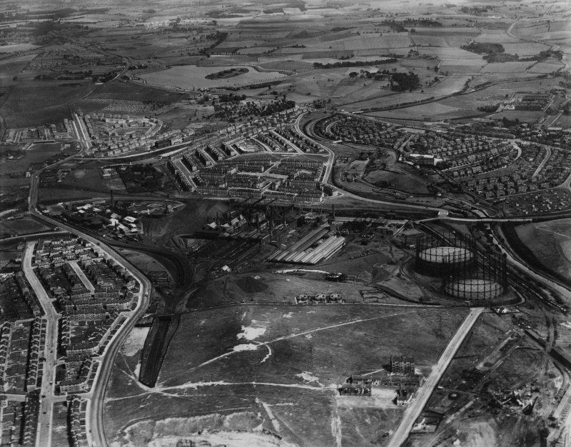 Glasgow, general view, showing Provan Gas Works, Provan Road and Hogganfield Loch.  Oblique aerial photograph taken facing east.  This image has been produced from a print.