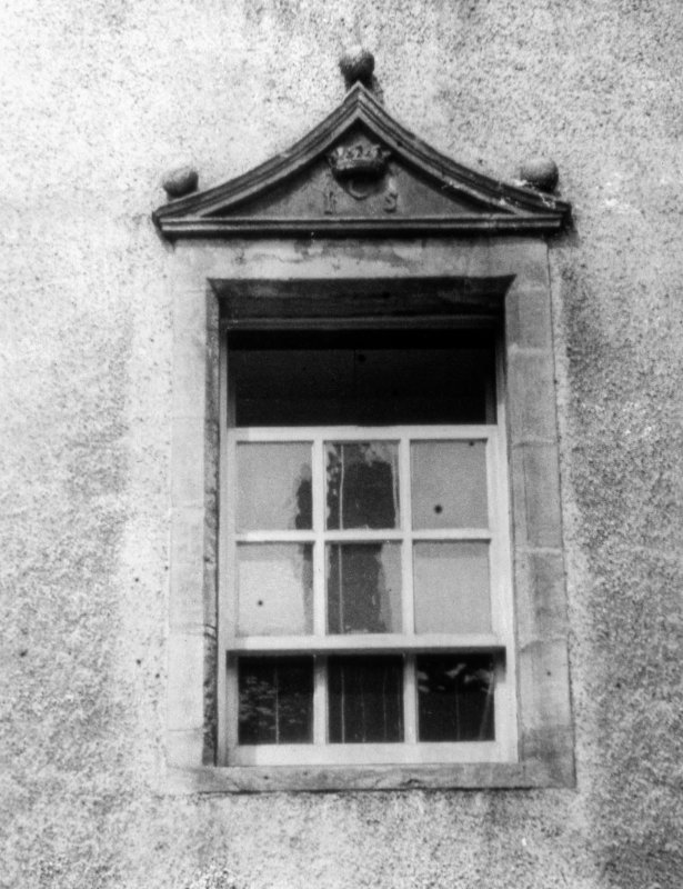 Detail of window in N range.