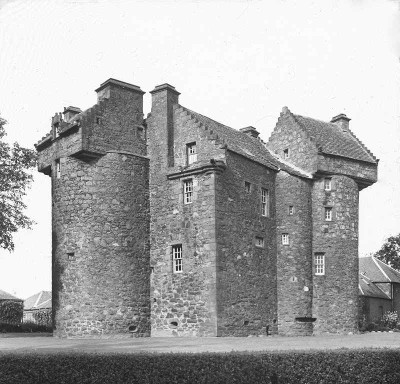 Dundee, Claypotts Road, Claypotts Castle. General view of angle tower.