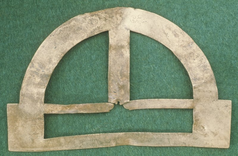 Reverse of Johan Lewis protractor inscribed 'Cho'.