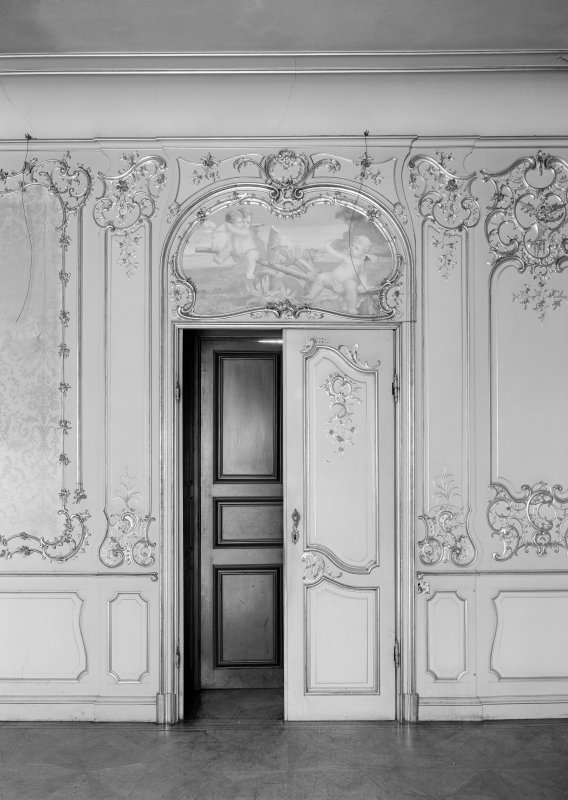 Interior. W wing, principal floor, drawing room, detail of doorway.
