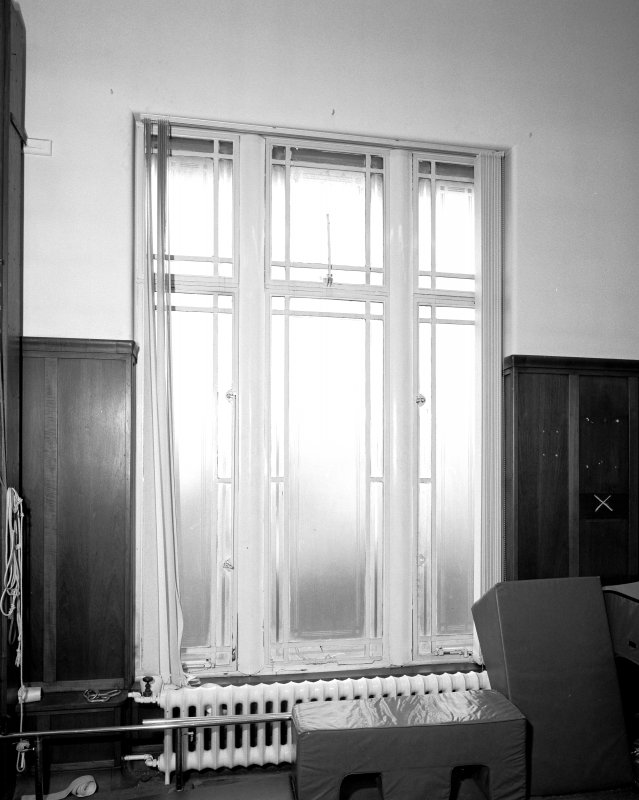 Interior. 1st floor. Gymnasium. Typical ertched glass window. Detail