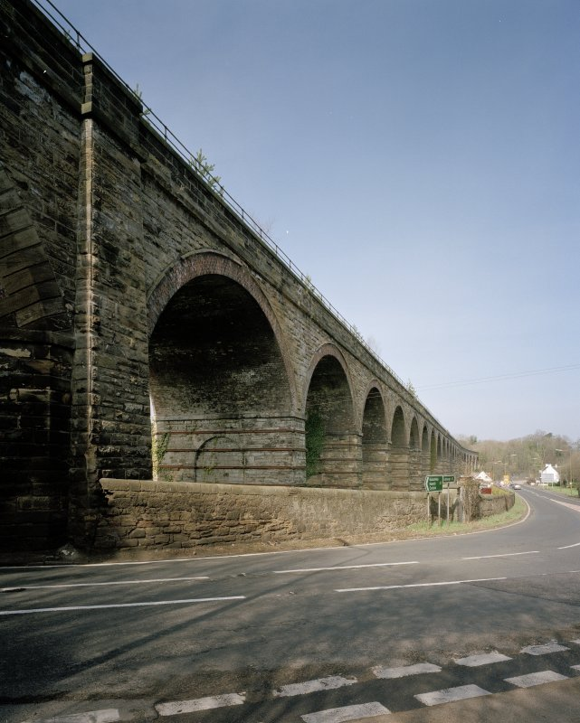 Oblique view from ESE of NE side of viaduct