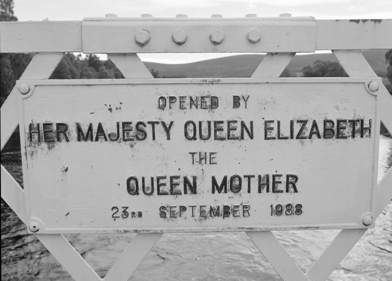 Detail of plaque commemorating the re-opening of the bridge by Queen Elizabeth the Queen Mother in 1988.