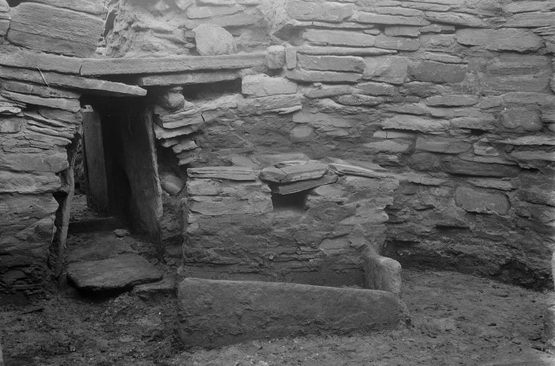Excavation Photograph: Hut 7 NW corner.