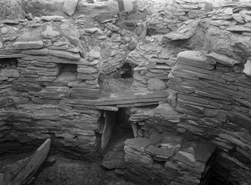 Excavation Photograph: House 7, above doorway.