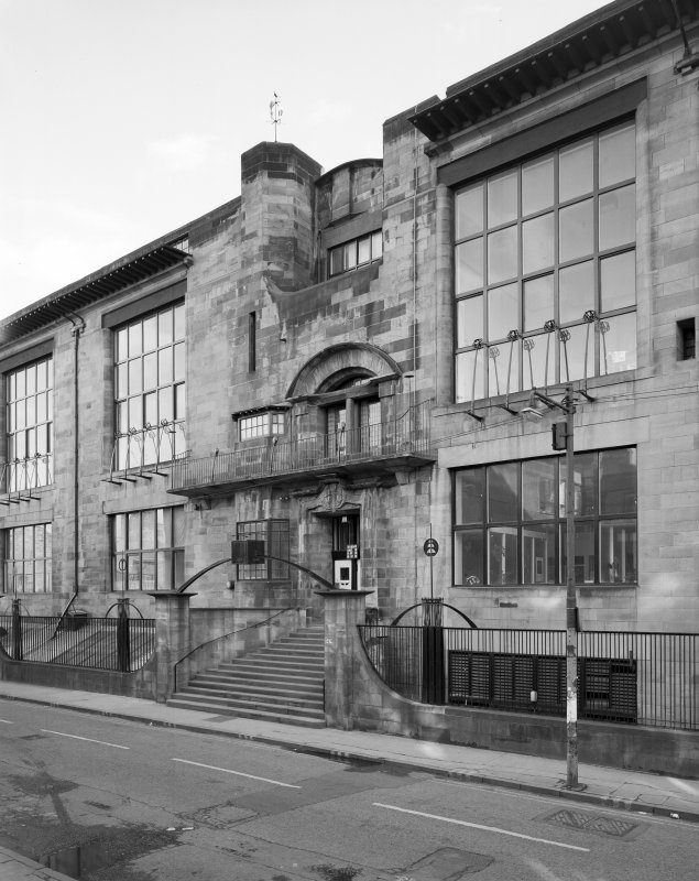 View of Glasgow School of Art from North.