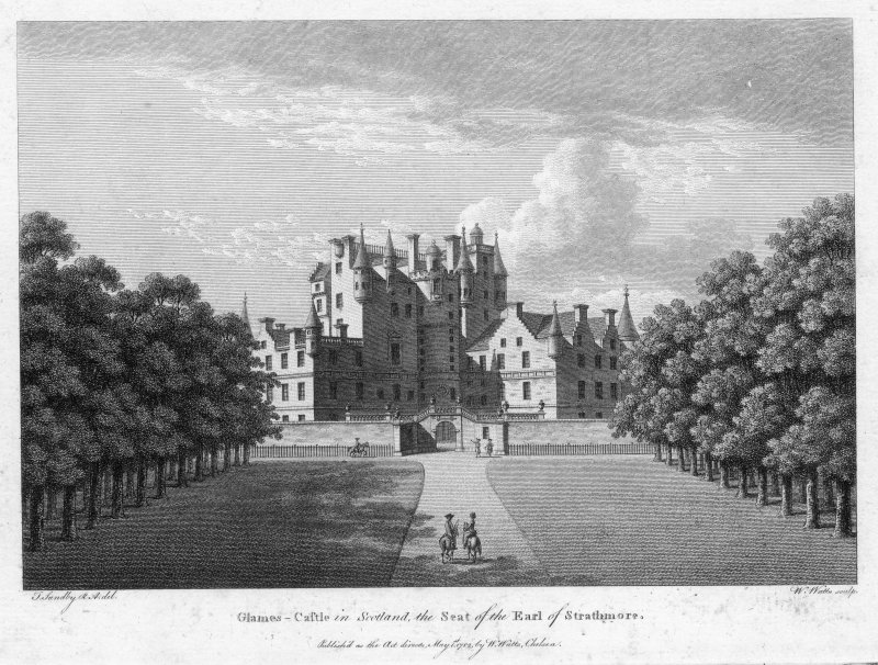 View towards entrance to Glamis Castle.
