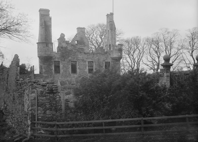 View of south elevation of Granton Castle, West Shore Road, Edinburgh