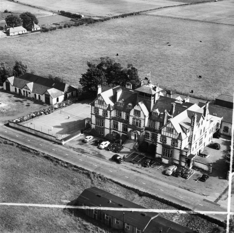 Marine Hotel, Muirfield, Dirleton, EAST LOTHIAN, Scotland, 1951. Oblique aerial photograph taken facing South/East. This image was marked by Aerofilms Ltd for photo editing.