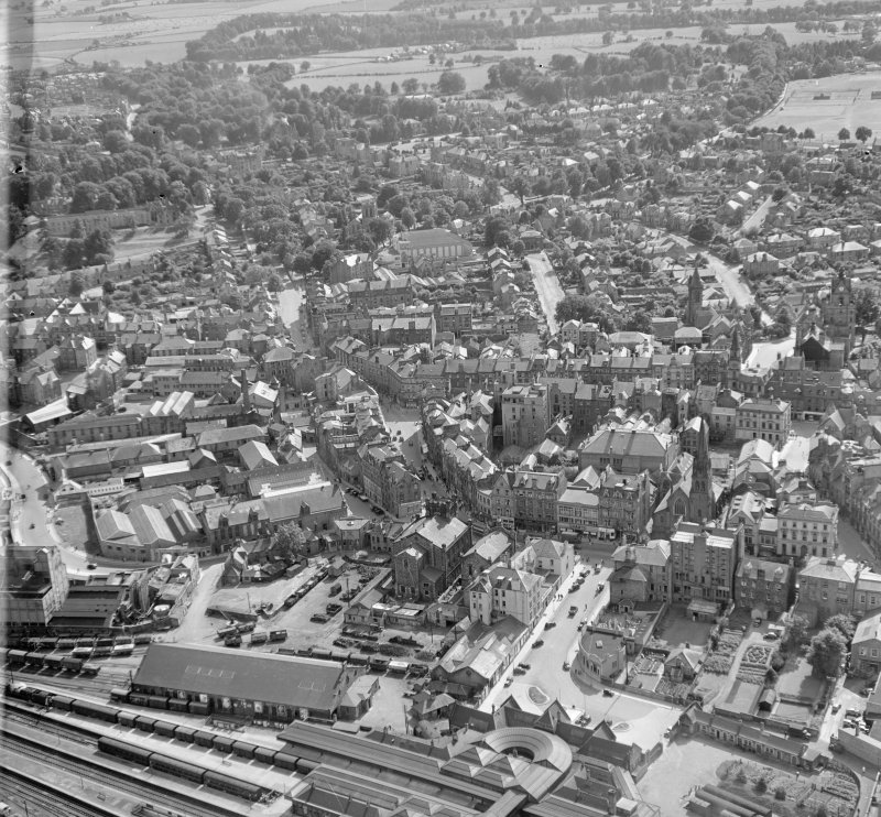 General View Stirling, Stirlingshire, Scotland. Oblique aerial photograph taken facing South/West.