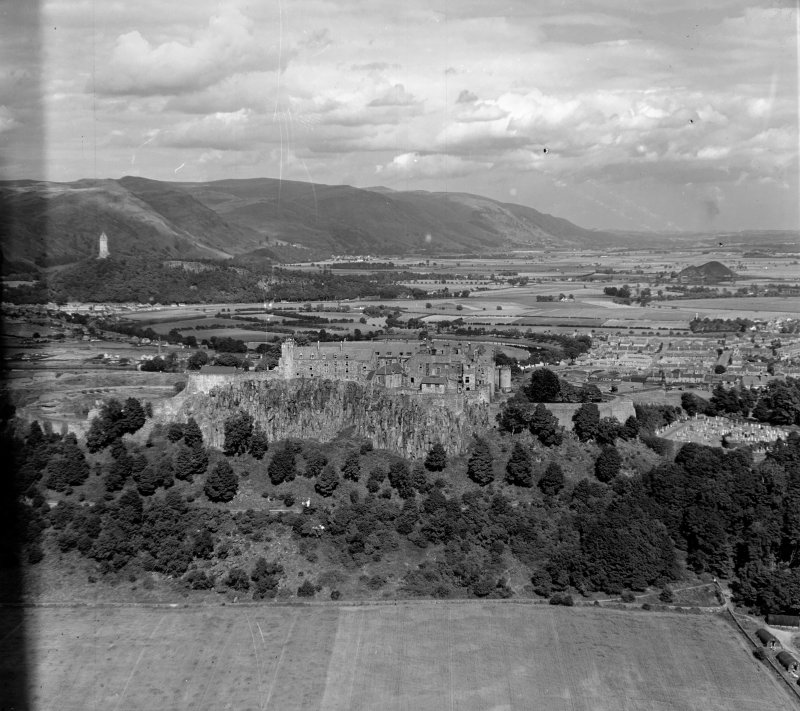 General View Stirling, Stirlingshire, Scotland. Oblique aerial photograph taken facing North/East.