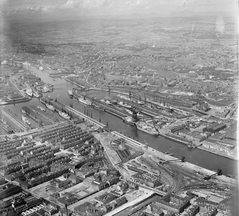 Docks from South/East Govan, Lanarkshire, Scotland. Oblique aerial photograph taken facing North/West.
